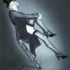 Marlene mit Stuhl